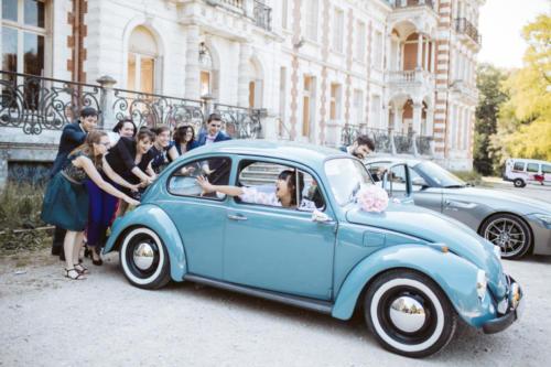 Vintage Car Locationmariage robe voiture Orléans Loiret château de Charbonnières